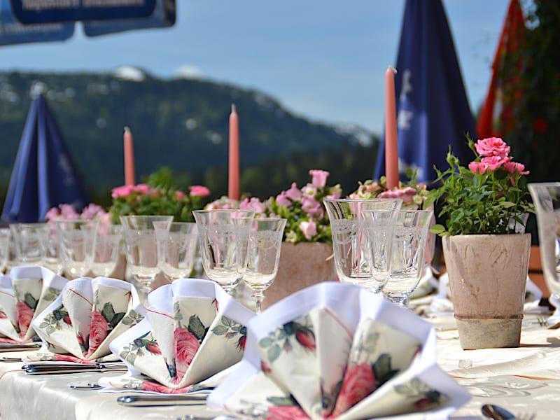 Veranstaltungen - festliche Hochzeitstafel