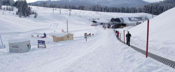 Aktivitäten Winter - draußen im Schnee